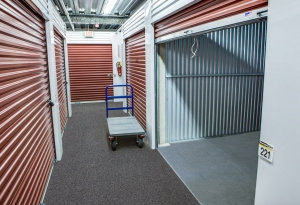 Image of StorageMart - Merle Hay Rd Facility on 5267 Merle Hay Rd  in Johnston, IA - View 3