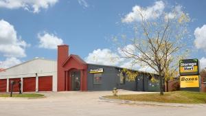 Image of StorageMart - Irvinedale & 1st St Facility at 205 SW Irvinedale Dr  Ankeny, IA