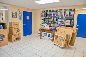 Image of Atlantic Self Storage - Baymeadows Facility on 11000 Baymeadows Road  in Jacksonville, FL - View 3