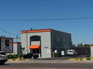 Arizona Storage Inns - Country Club