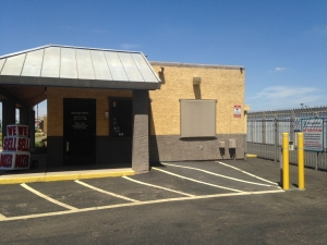 Image of Storage West - Bell Road Facility on 1628 E Bell Rd  in Phoenix, AZ - View 2