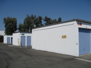 Storage West - Santa Ana - Photo 4