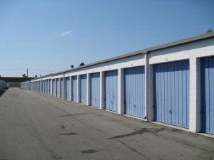Storage West - Santa Ana - Photo 6