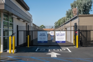 Image of Storage West - Santa Ana Facility on 2730 S Fairview St  in Santa Ana, CA - View 2