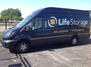 Image of Life Storage - Fenton Facility on 485 North Highway Drive  in Fenton, MO - View 2