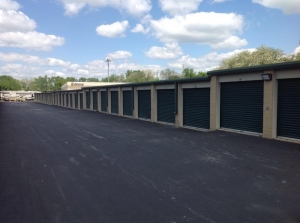 Image of Life Storage - Florissant - Dunn Road Facility on 1475 Dunn Road  in Florissant, MO - View 4