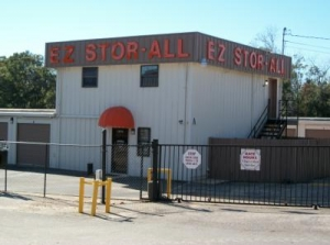 Picture of EZ Stor-All - Covered Parking
