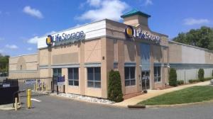 Image of Life Storage - Farmingdale - Tinton Falls Road Facility on 42 Tinton Falls Road  in Farmingdale, NJ - View 3
