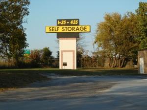 I-35/I-435 Self Storage