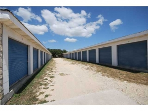 Cheap Storage Units At Arches Self Storage In 78620