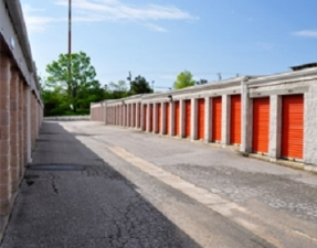 Moove In Self Storage - Baltimore - Photo 3