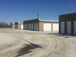 A1 U Store It - Springfield, IL - Photo 7