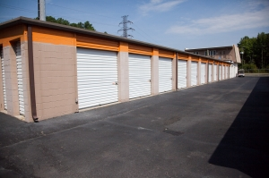 Birdneck Self Storage