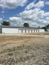 Image of D & D's Strictly Storage Facility at 4623 South 400 West  New Palestine, IN