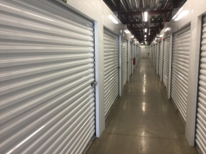 Image of Life Storage - Chattanooga - Broad Street Facility on 1380 Broad Street  in Chattanooga, TN - View 3