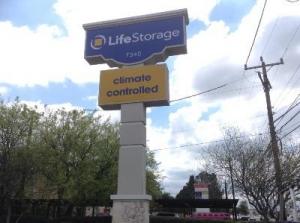 Picture of Life Storage - San Antonio - 7340 Blanco Road