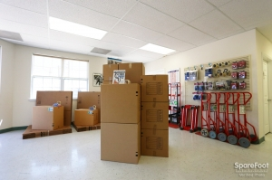 Picture of Right Move Storage - Aldine