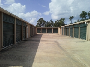 Image of StorQuest - Spring/Gosling Facility on 23103 Gosling Road  in Spring, TX - View 4