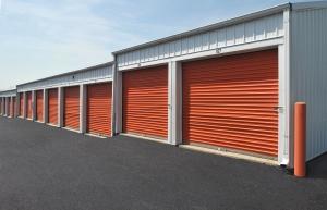 StorageMart - Hwy 50 & Milton Thompson Road