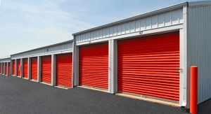 Image of StorageMart - SE Hamblen Rd & SE Oldham Pkwy Facility on 465 Southeast Oldham Parkway  in Lee's Summit, MO - View 3