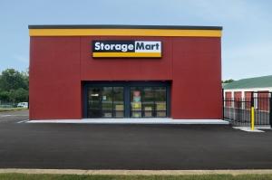 StorageMart - Hwy 40 & SW 22nd St