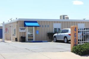 Z Storage & Office Place - Photo 2