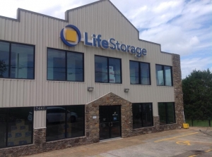Life Storage - Cedar Park - West Whitestone Boulevard - Photo 1