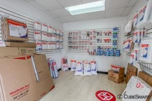 Image of CubeSmart Self Storage - Columbus - 1531 Georgesville Rd Facility on 1531 Georgesville Rd  in Columbus, OH - View 2