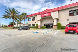 Image of CubeSmart Self Storage - Winter Park Facility at 6875 University Boulevard  Winter Park, FL