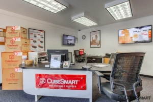 CubeSmart Self Storage - Exeter - Photo 2
