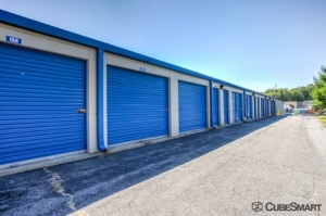 CubeSmart Self Storage - Exeter - Photo 7