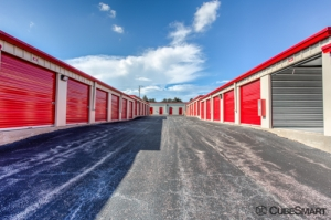 CubeSmart Self Storage - Bolingbrook - Photo 7