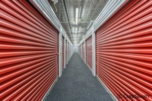 Image of CubeSmart Self Storage - Chicago - 407 East 25th Street Facility on 407 East 25th Street  in Chicago, IL - View 2