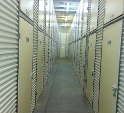 Central Self Storage - Berkeley - Photo 2
