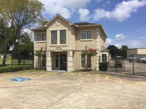 Image of Life Storage - Pearland Facility at 1729 East Broadway Street  Pearland, TX