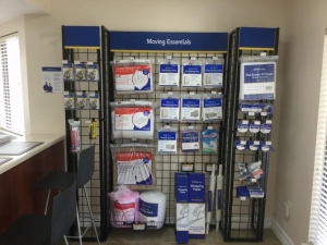 Image of Life Storage - Pearland Facility on 1729 East Broadway Street  in Pearland, TX - View 2