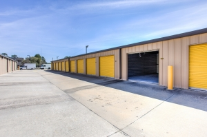 Image of Simply Self Storage - 6121 Spout Springs Road - Flowery Branch Facility on 6121 Spout Springs Road  in Flowery Branch, GA - View 4