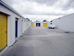 Storage King USA - 015 - Fort Pierce, FL - Okeechobee Rd - Photo 4