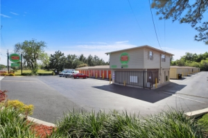 Personal Mini Storage - Gainesville - Photo 2