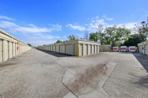 Personal Mini Storage - Kissimmee - 608 W Vine St - Photo 3