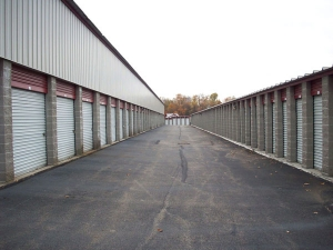 Image of Extra Space Storage - Pittsburgh - E Entry Dr Facility on 1005 East Entry Drive  in Pittsburgh, PA - View 2