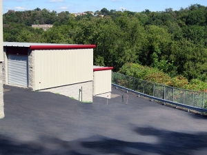 Image of Extra Space Storage - Pittsburgh - E Entry Dr Facility on 1005 East Entry Drive  in Pittsburgh, PA - View 3