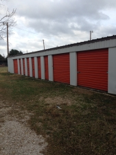Image of 254-Storage 117 Facility on 6425 North 19th Street  in Bosqueville, TX - View 3