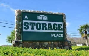 A Storage Place   La Sierra