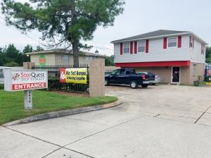 StorQuest - Gainesville/SW 34th - Photo 2