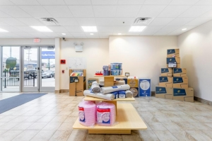 Image of Life Storage - Alsip Facility on 5253 West 111th Street  in Alsip, IL - View 4