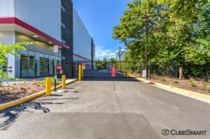 CubeSmart Self Storage - Arlington - 2631 South Shirlington Road - Photo 10