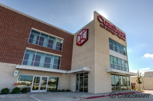 CubeSmart Self Storage - Dallas - 5818 Lyndon B Johnson Fwy