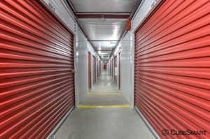 Image of CubeSmart Self Storage - Fort Worth - 7201 North Fwy Facility on 7201 North Fwy  in Fort Worth, TX - View 4