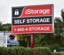 iStorage Port Charlotte - Photo 2